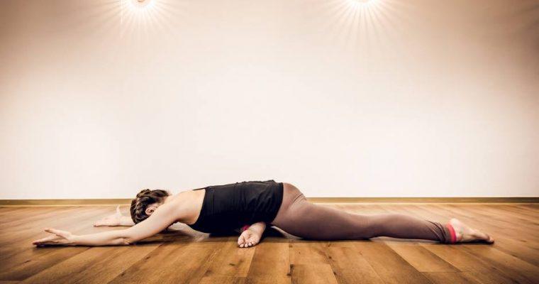 Rrit Mirëqenien – Një Tjetër Arsye Pse të Bëni Yoga