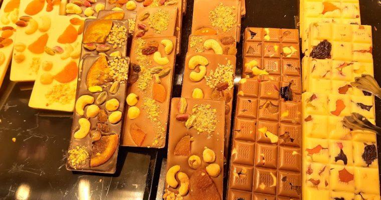 Një Çokollatë e Zezë për Ëmbëlsirë