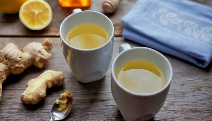 Një Çaj me Xhinxher për të Kuruar Migrenën
